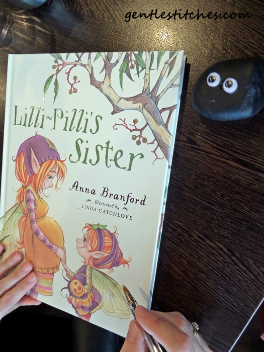 Lilly-Pillis Sister by Anna Branford with pet rock Bashful